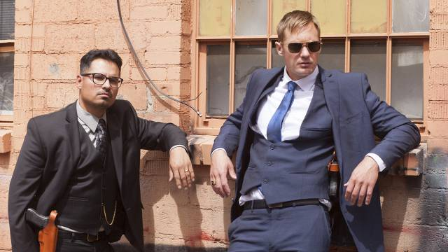 michael pena alexander skarsgard war on everyone